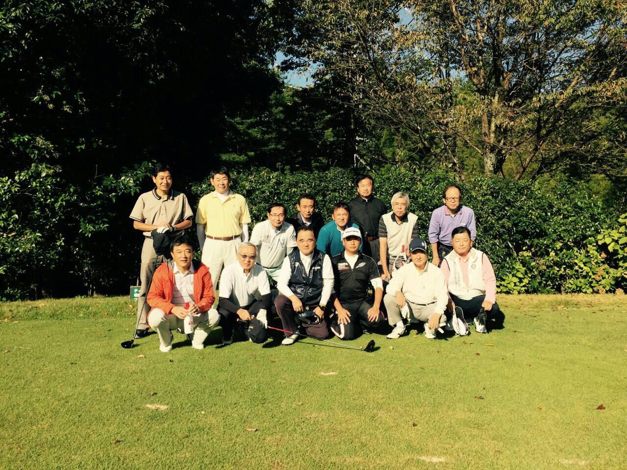 平成27年度第1回GATゴルフコンペ 晴天の中18名の参加で楽しくゴルフが出来ました。